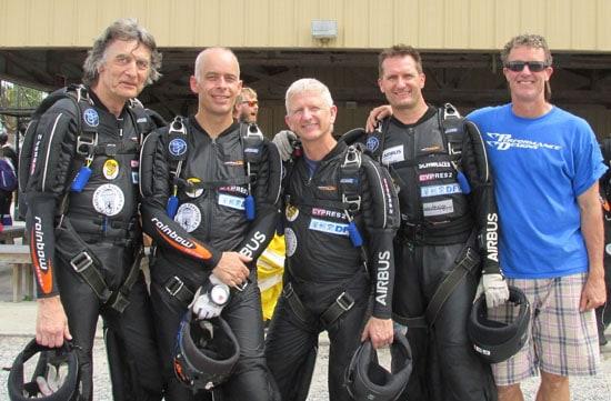 von links nach rechts: Dr.Uli Sehrbrock, Dr.Steffen Schiedek, Kai Wolf, Thomas Spielvogel mit US-Trainer Solly Williams