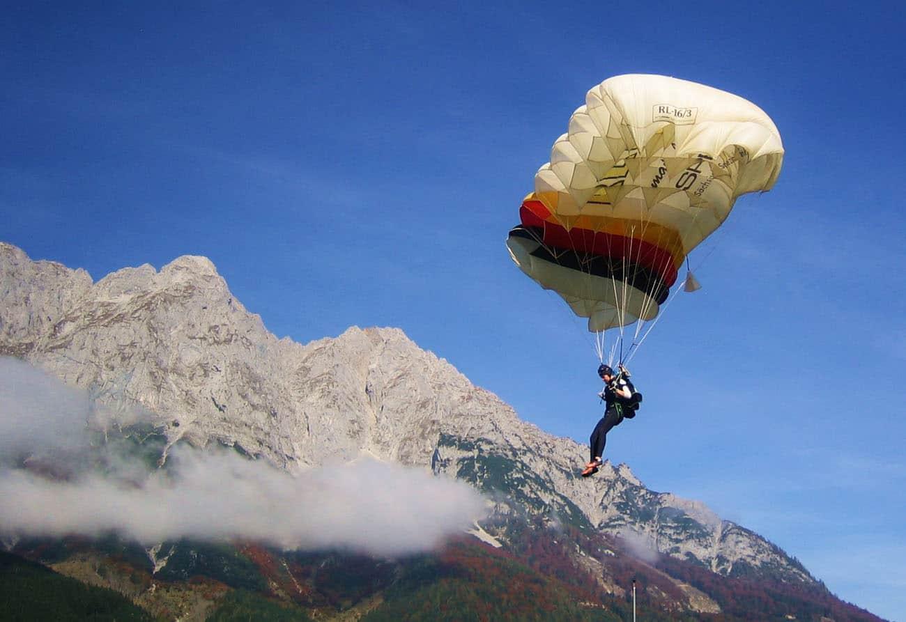 Lucy Lippold im Endanflug 2014 Obertöblarn Austria