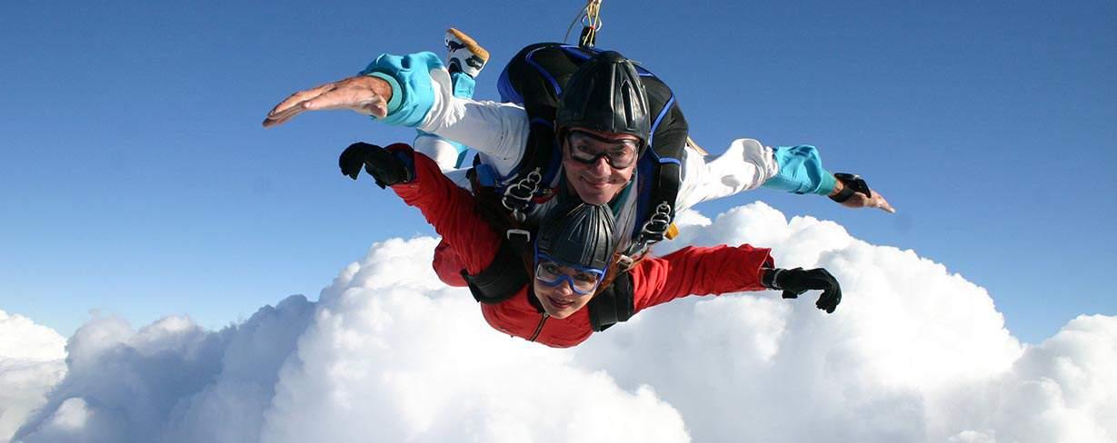 Tandem Fallschirm Flug im freien Fall