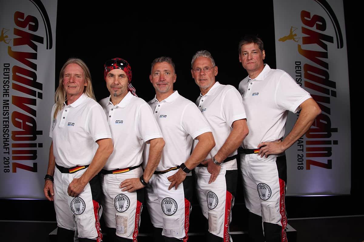 Deutschlands CF Vierer-Sequenz Team vor der Siegerehrung, von links: P. Wohlers, Th.R.-Seelbinder, T. Koch, Tom Brand, R. Stolzenberg