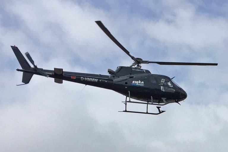 Fallschirm Tandem Sprünge aus einem Hubschrauber in Uslar