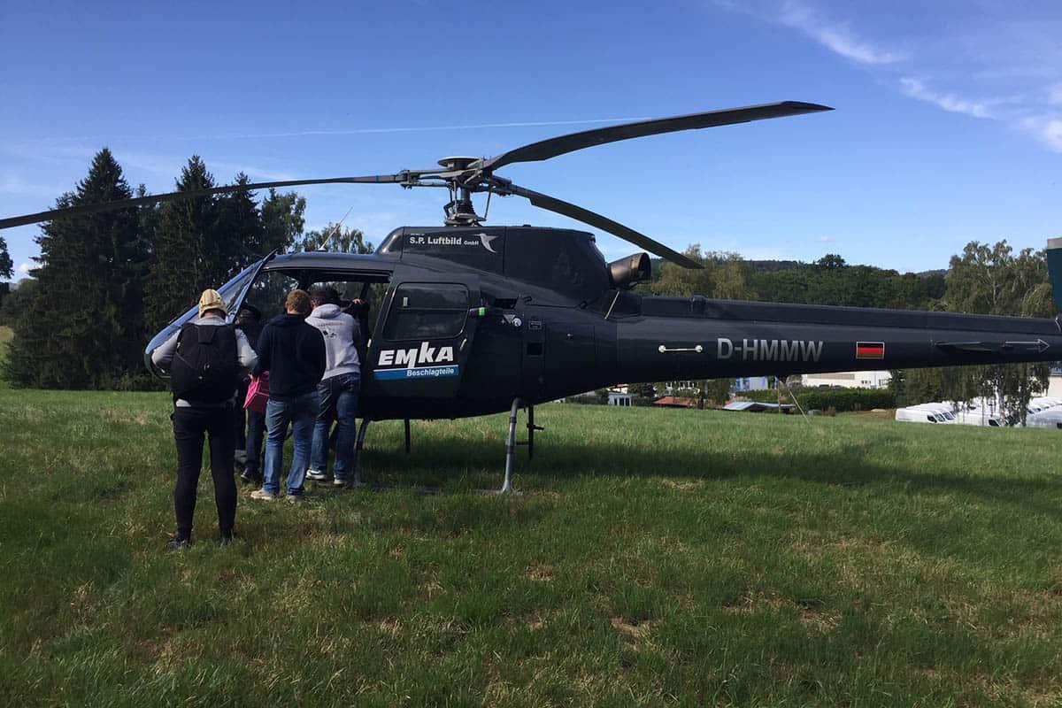 Fallschirmsport über Uslar mit einem Hubschrauber
